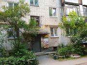 Продам комнату в Центре по улице Бажова,  57