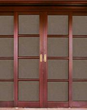 Двери филенчатые из массива сосны,  дуба,  бука,  ясеня