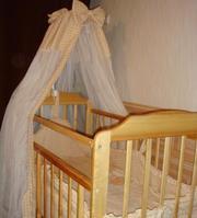 Продам детскую кроватку из натурального дерева
